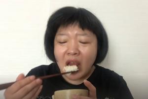 【不思議】おかずクラブ・オカリナがただ食事をするだけの動画になぜか癖になる人が続出してしまう